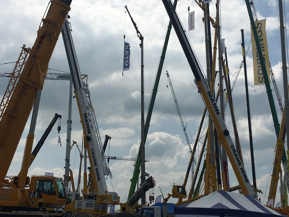 New, more modern cranes added to the Mann Crane fleet